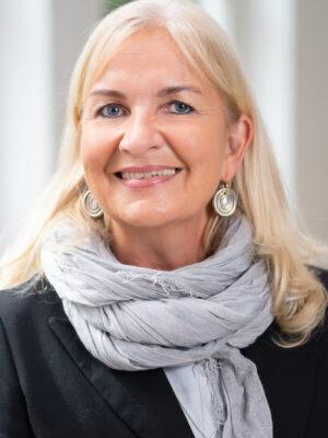 Mag.<sup>a</sup> Birgitta Schuchter
